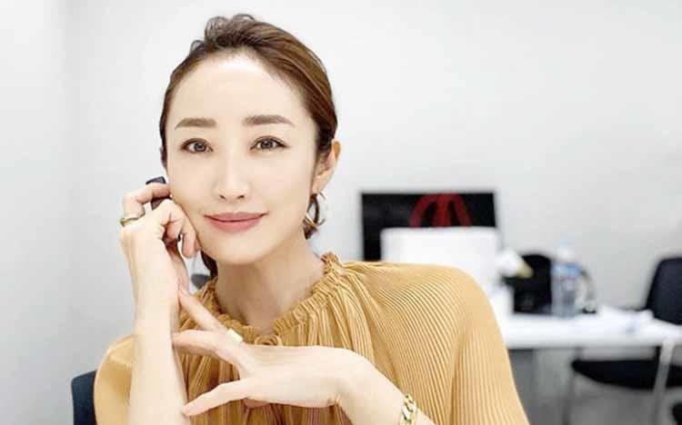 makeup_20201006_02.jpg